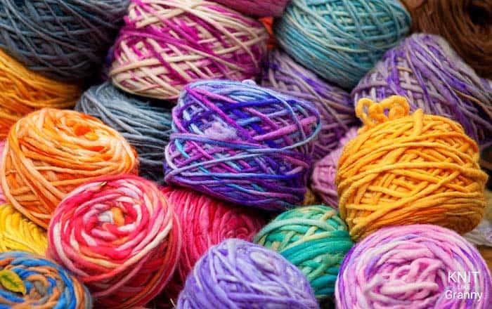 NEW Yarn Roller Stand Up 5 Yarn