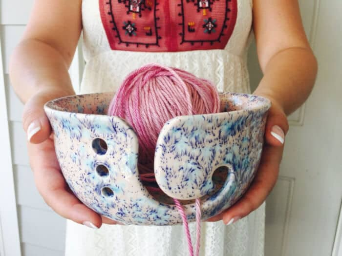 Pink-and-Blue-Ceramic-Yarn-Bowl