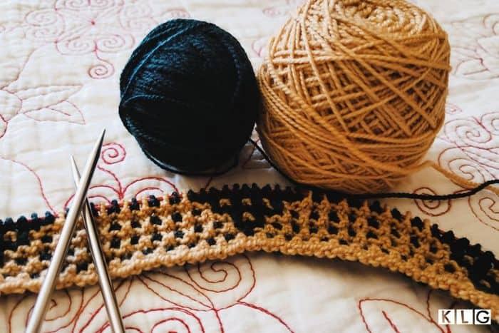 English Knitting Feat Img