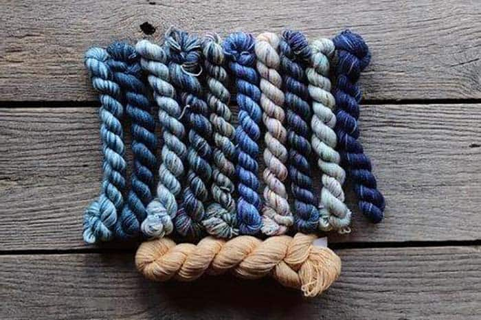 Koigu Kingsport Kentia Wrap Kit - Blues with main color of caramel brown