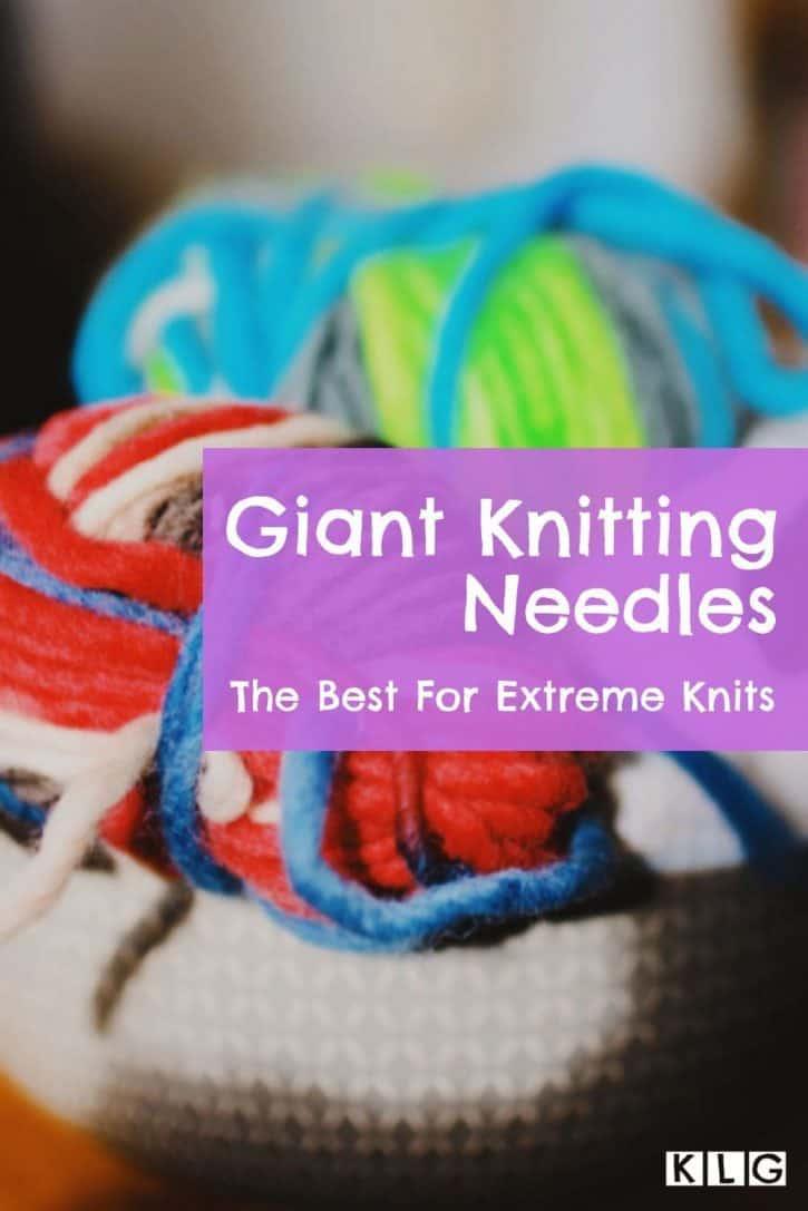 Giant Knitting Needles Pin